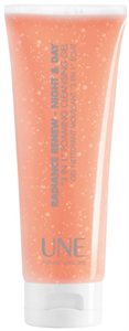 UNE Radiance Renew 3 In 1 Cleanser