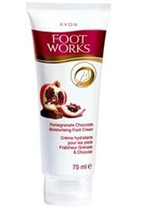 Avon Foot Works Gránátalma és Csokoládé Hidratáló Lábkrém