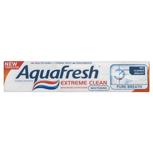 Aquafresh Extreme Clean Whitening + Pure Breath Fogkrém