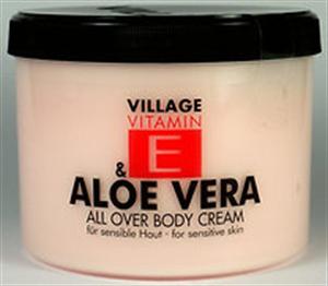 Village Cosmetics Vitamin E & Aloe Vera Testkrém