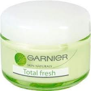 Garnier Total Fresh Intenzív Hidratálókrém