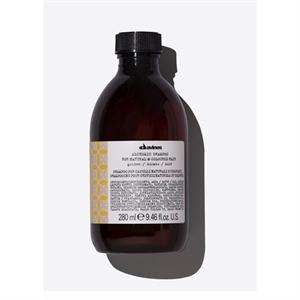 Davines Alchemic Golden Shampoo, Színfrissítő Sampon - Arany Árnyalat