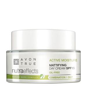 Avon Nutra Effects Mattító Hidratáló Nappali Krém SPF15