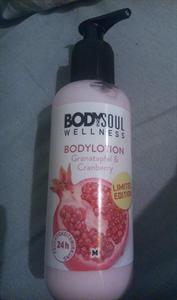 Body & Soul Wellness Testápoló Gránátalma És Vörösáfonya