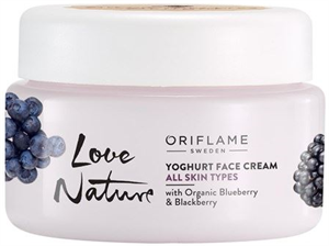 Oriflame Love Nature Dark Berries Delight Arckrém Joghurt
