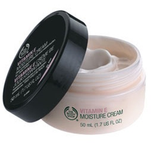 The Body Shop Vitamin E Moisture Cream