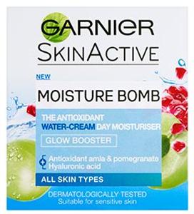 Garnier Skinactive Moisture Bomb Glow Booster Day Moisturiser