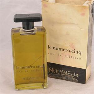 Molyneux Le Numero Cinq