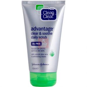 Clean&Clear Advantage Clear & Soothe Daily Scrub