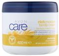 Avon Care Rich Moisture Family Cream Kamillával és Zabkivonattal