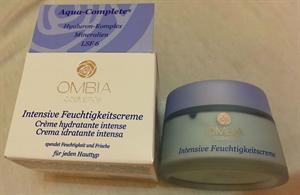 Ombia Cosmetics Aqua-Complete Intenzív Hidratáló Krém Minden Bőrtípusra