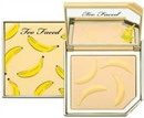 too-faced-tutti-frutti---it-s-bananas-brightening-setting-powders9-png