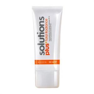 Avon Solutions Plus Total Radiance Visual Perfection Színezett Hidratáló SPF 20