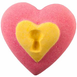 Lush Love Locket Fürdőgolyó