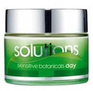 Avon Solutions Sensitive Botanicals Day Bőrnyugtató Nappali Krém SPF20