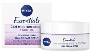 Nivea Essentials Nappali Arckrém Érzékeny Bőrre SPF15