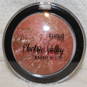 Trend It Up Electric Valley Baked Blush