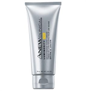 Avon Anew Clinical Luminosity Pro Halványító Kézkrém SPF15