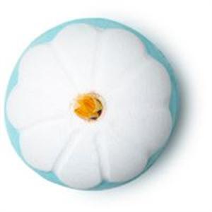 Lush Chamomile Flower Fürdőbomba