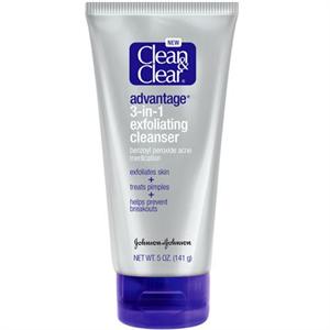 Clean&Clear Advantage 3-in-1 Exfoliating Cleanser