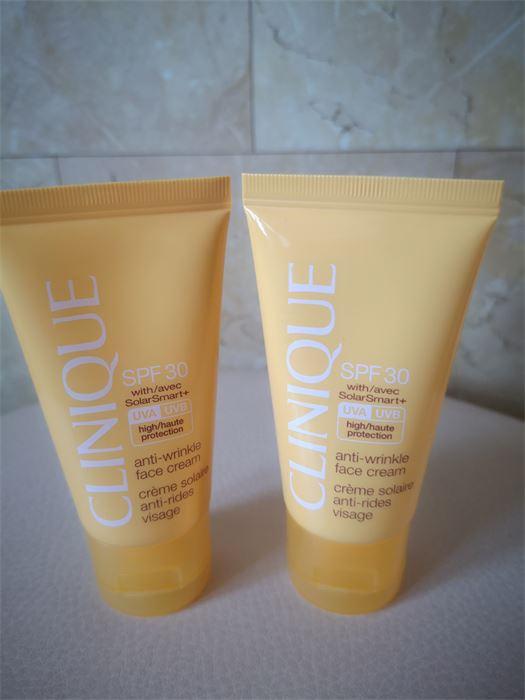 Eladó: 1.990.- Új! 30ml Clinique Anti-Wrinkle Face Cream SPF30