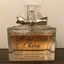 fújós! Miss Dior Chérie EDP 2005