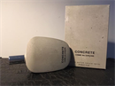 Comme des Garcons Concrete üvegében
