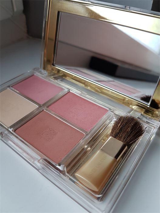 Eladó: Estée Lauder Deluxe All-Over Face Compact pirosító