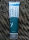 Avon Foot Works All  in One Pedicure Cream 3 az 1-ben Krém Pedikűrhöz / Egylépéses pedikűr lábápoló - XL/XXL 150 ml