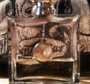 Csere is Versace Medusa