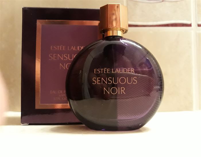 Eladó: Estée Lauder Sensuous Noir EDP