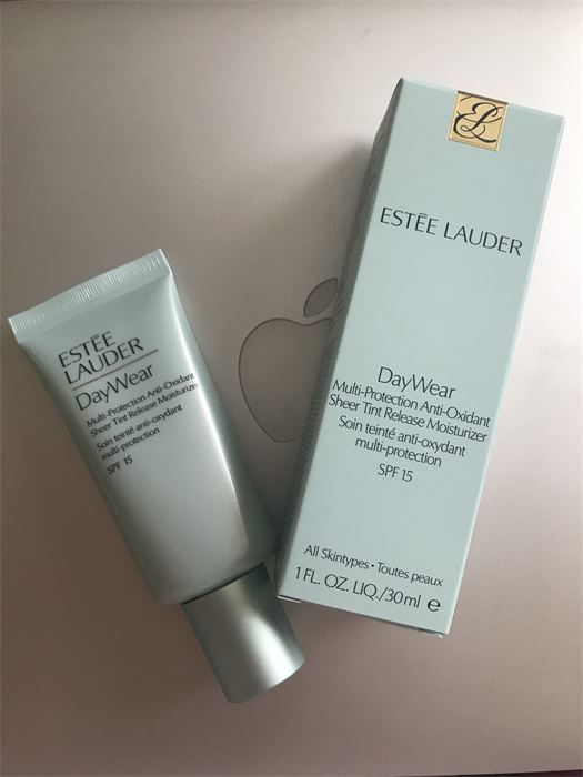 Estée Lauder Daywear Advanced Multi-Protection Anti-Oxidant & UV Defense SPF50