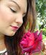 Szerencsére volt még a kertben egy hasonló árnyalatú rózsa is!