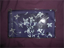Oriflame lila-ezüst virágos Neszeszer