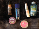 Lush Tooth Fairy Epres Fogpor, Balea hajolaj, Garnier szemfestéklemosó, Yves Rocher arckrém, C-THRU parfüm, Olivia krémdezodor