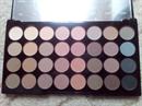MakeUp Revolution Flawless Matte szemhéj paletta