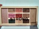 1800,-Ft szállítással: Revolution Pretty Strong Palette szemhéjpúder és highlighter paletta