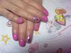 Rózsaszín virágos