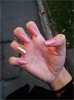 Nude'n'gold nails