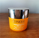 Clinique Superdefense SPF40 Fatigue + 1St Signs Of Age Multi Correcting Gel
