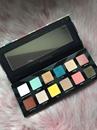 8000Ft - Buxom Xtrovert Eyeshadow Palette